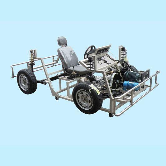 整车底盘应包括变速器,完整的前盘后鼓真空助力液压制动系统,前后